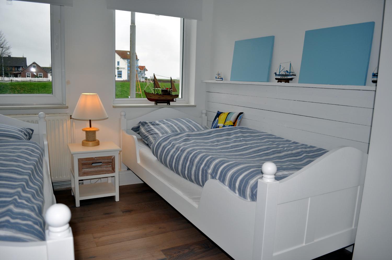 Schlafzimmer 2 1500.jpg